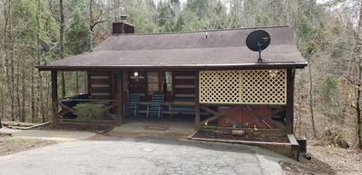 Photo for Birds N Bees cabin is only 5 miles from the main strip in Pigeon Forge
