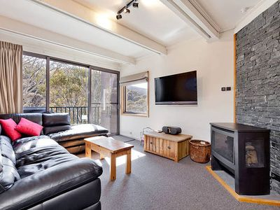 Photo for Three Story Apartment - Warrina 7
