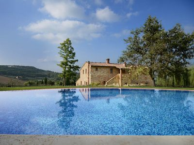 Photo for 7 bedroom Villa, sleeps 14 in Sant'Albino with Pool, Air Con and WiFi