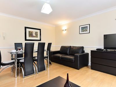 Photo for Apartment Curlew in London South Bank - 4 persons, 2 bedrooms