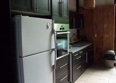 Kitchen with 5 appliances