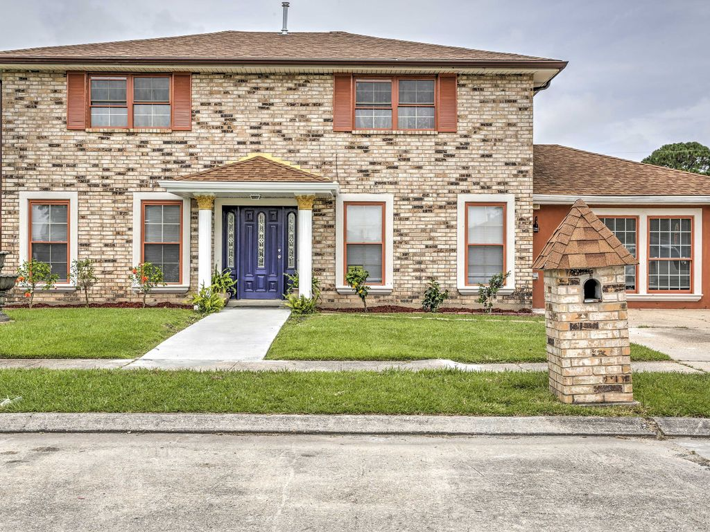39 Major Manor 39 Spacious New Orleans House W Yard 3 Br Vacation House For Rent In Read