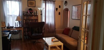 Photo for Entertaining 1bd rm apt in the fun South Brooklyn