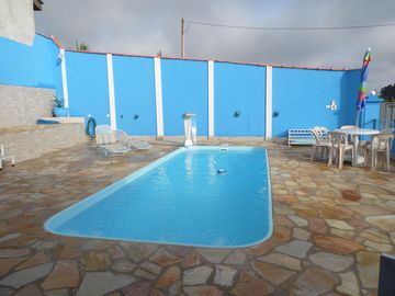 """House """"FAMILIAR"""" with Pool, Barbecue, for a maximum of 25 Persons."""