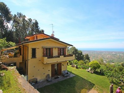 Photo for Casa Montebello - 7 Sleeps, Seaview, quiet area, Garden, WIFI, near Forte dei Marmi