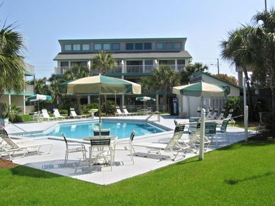 Photo for GULF FRONT/POOLSIDE; FREE WIFI; GREAT SPRING/SUMMER RATES; NEAR GROCERY STORES