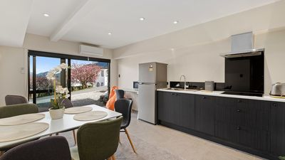 Photo for Central Class on Dublin | Close to town | Convenient