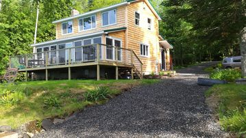 Sebec Shore Lake House - Luxury 4 season home, 10 minutes from Dover-Foxcroft