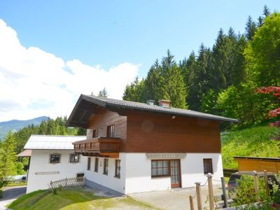 Photo for Ski-in/Ski-out Chalet Kriekels - spacious chalet in Austrian style; 150 m to the skilift Schmitten