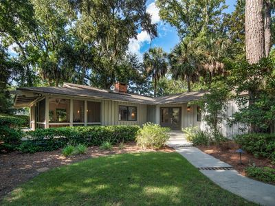 Photo for Deluxe 5 BR Home with Pool & Golf View - 10 Minute Walk to Beach - New Listing