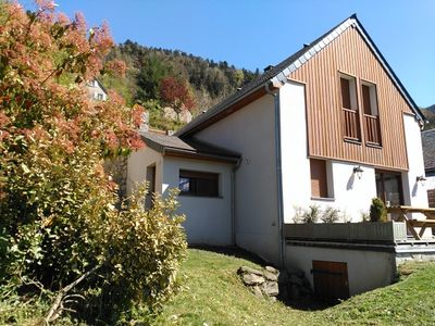 Photo for Spacious chalet with terrace and Wifi