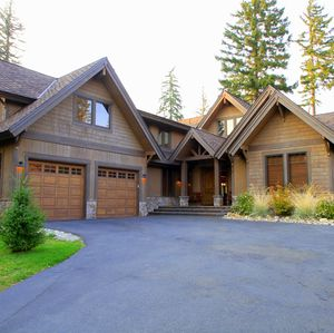 Photo for Excellent location, Hot Tub, Fire Pit. Backs up to Forested View & Golf Course!