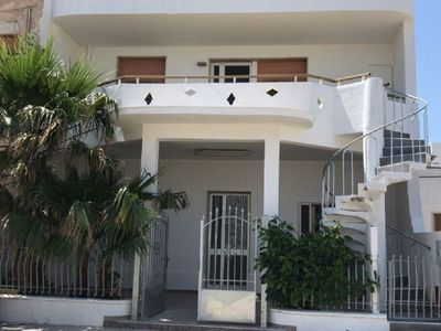 Photo for TORRE LAPILLO APARTMENT ON THE COURSE 100 METERS FROM THE SEA, 4 BEDS