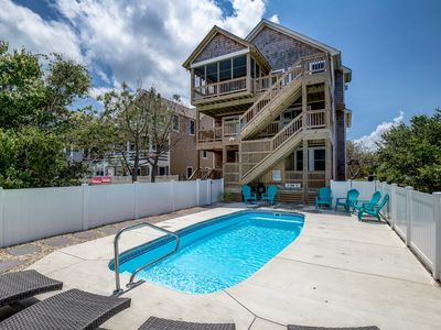 Photo for Makin M'Emerys | 760 ft from the beach | Dog Friendly, Private Pool