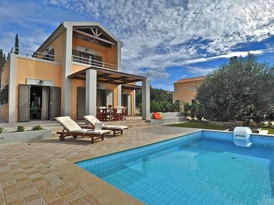 Photo for Two-bedroom luxury villa with private pool near Argostoli