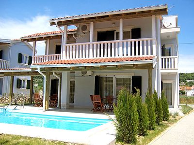 Photo for One bedroom Apartment, sleeps 4 in Mundanije with Pool, Air Con and WiFi