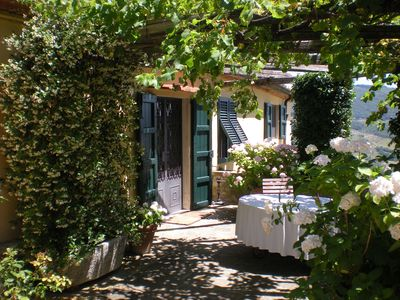 Photo for The Casa Anforti - Luxury holiday cottage in the beautiful Florentine hills