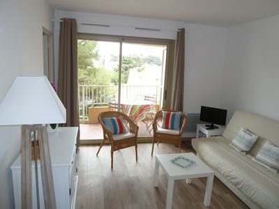 Photo for BEACH AND PORT 5MN ON FOOT, 2 PIECES, TERRACE, PARKING, INTERNET, AIR CONDITIONER