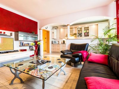 Photo for Fair proximity - Beautiful, bright 3-room apartment, 70 m²