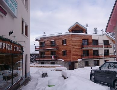 Photo for Center valloire, appt nine chalet style, 1/7 pers., 65 m2, 2 pl. s / ground garage