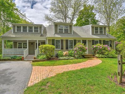 Photo for Fabulous Home on Scenic Road - Pets Considered!