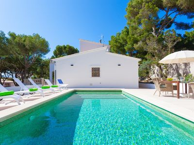 Photo for Sa Torre Villa with pool very close to the beach and the town center.