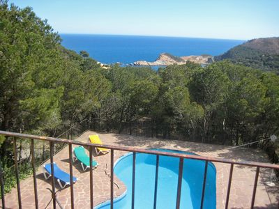 Photo for This 3-bedroom villa for up to 6 guests is located in Begur and has a private swimming pool.........