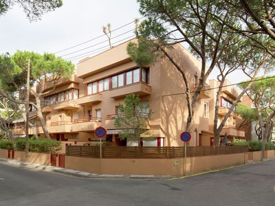 Photo for Apartment central in the town of Platja dAro,100 metres from the beach.
