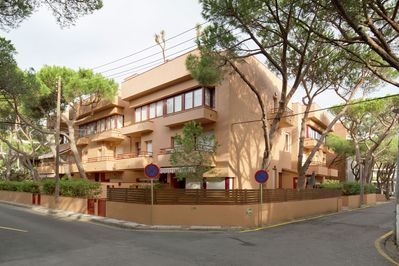 Spacious Apartment In Platja D Aro With Terrace Castell Platja D Aro