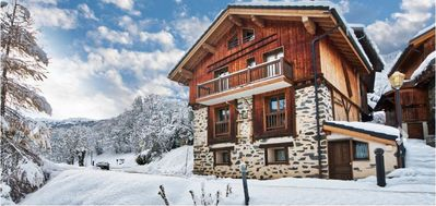 Photo for Chalet Meribel 3 * in an old vaulted barn.