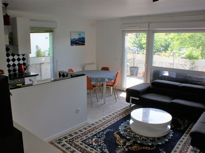 Photo for Superb apartment in secure residence close to Paris