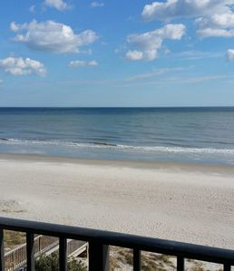Photo for Direct Oceanfront Resort Condo,  Newly Remodeled, Pool, Jacuzzi