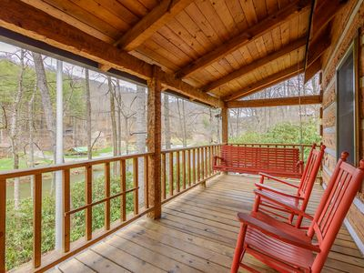 Photo for 2BR Cabin Vacation Rental in Todd, North Carolina