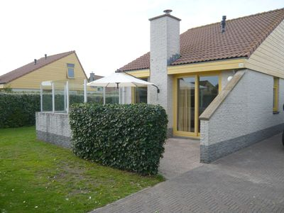 Photo for Holiday house Strandslag 308 directly on the sea in holiday park Strandslag Julianadorp.