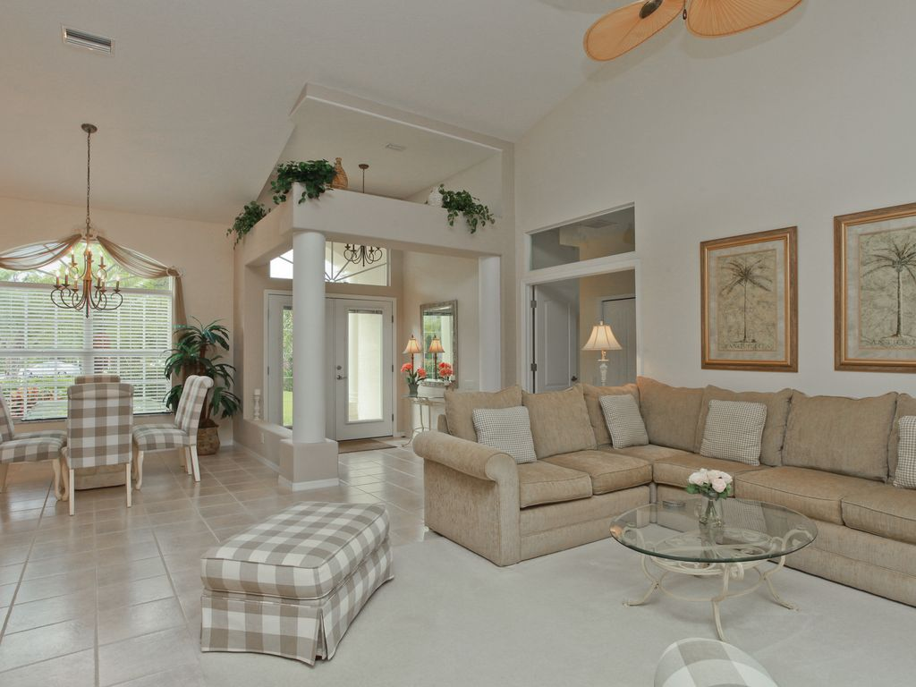Luxury pool home minutes to the beach with beautiful gardens - Manasota 16