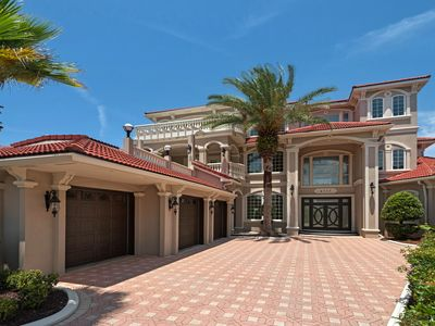 Photo for Exquisite Mini Mansion Over 6000sq of paradise awaits you!!! FREE Golf!