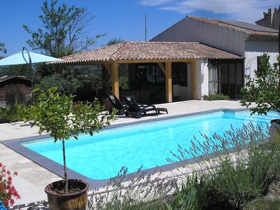 Photo for Comfortable house with privatpool and a spacious garden in Meyrargues