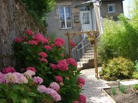 Very welcoming owners. Amazing location within historic area. Gite very bright and comfortable