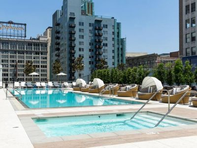 Photo for Immaculate & Modern Suite w/ Great Views In Downtown LA! Pool, Gym & Hot Tub!