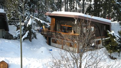 Photo for Chalet with 2 separate parts to the slopes