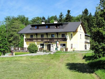 Photo for Apartment Gasthaus Waldfrieden (MON260) in Mondsee - 4 persons, 1 bedrooms