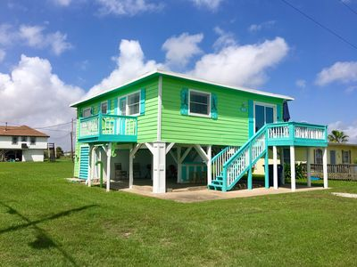 Photo for Spacious & Adorable! Pet Friendly Retreat in Surfside Beach. Walk to the beach!