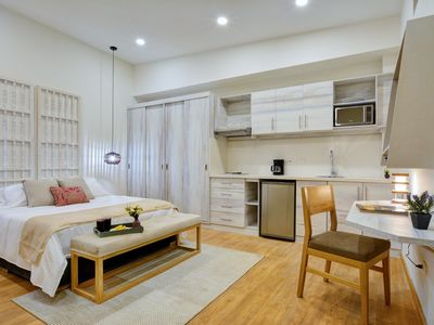 Photo for Luxury at a Great Price in a Fantastic Hotspot