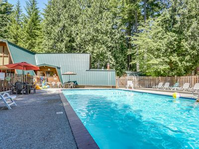 Photo for Charming lodge-style home w/ fireplace, private hot tub, & shared pool access!