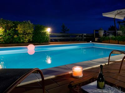 Photo for Charming Cottage with Pool, SPA, Free WiFi, BBQ, near Cinque Terre