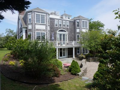 7000 sq. ft home on 5 acres with harbor views and air conditioning