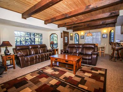Photo for House in Big Bear Lake with Parking, Internet, Washing machine, Balcony (983701)