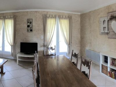 Photo for Gite Bétaille, 3 bedrooms, 6 persons