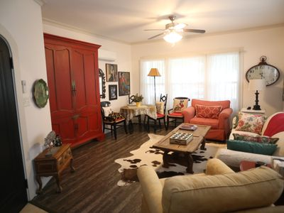 Photo for Charming one bedroom historic home in Lakewood area of Dallas