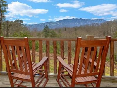 Photo for Awesome View Romantic Log Cabin